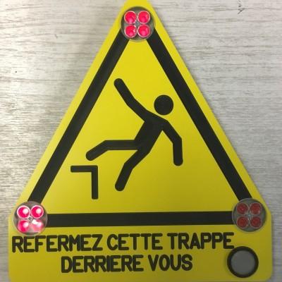 Panneau_Clignotant_Buzzer_Estel_Design_Vienne
